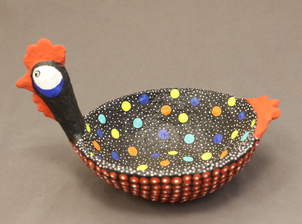 Kikolo Chicken bowl (Paper mache)