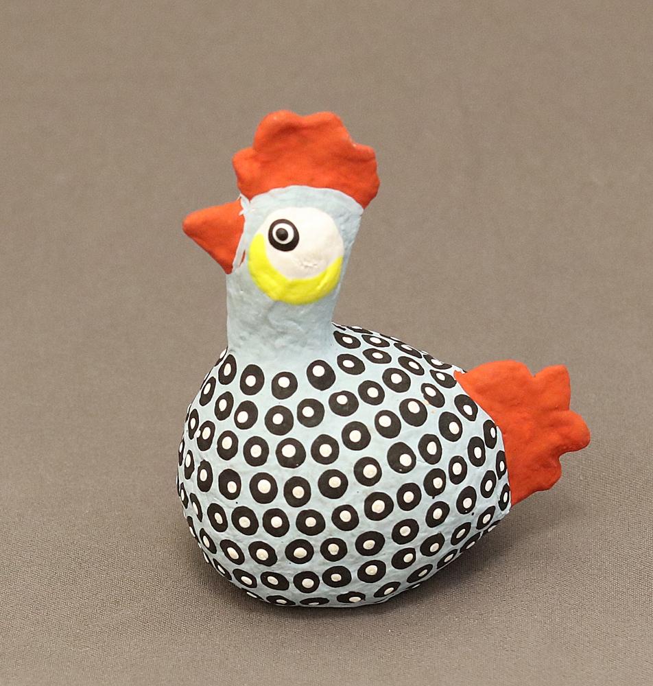 Kikolo Chicken (Paper mache)
