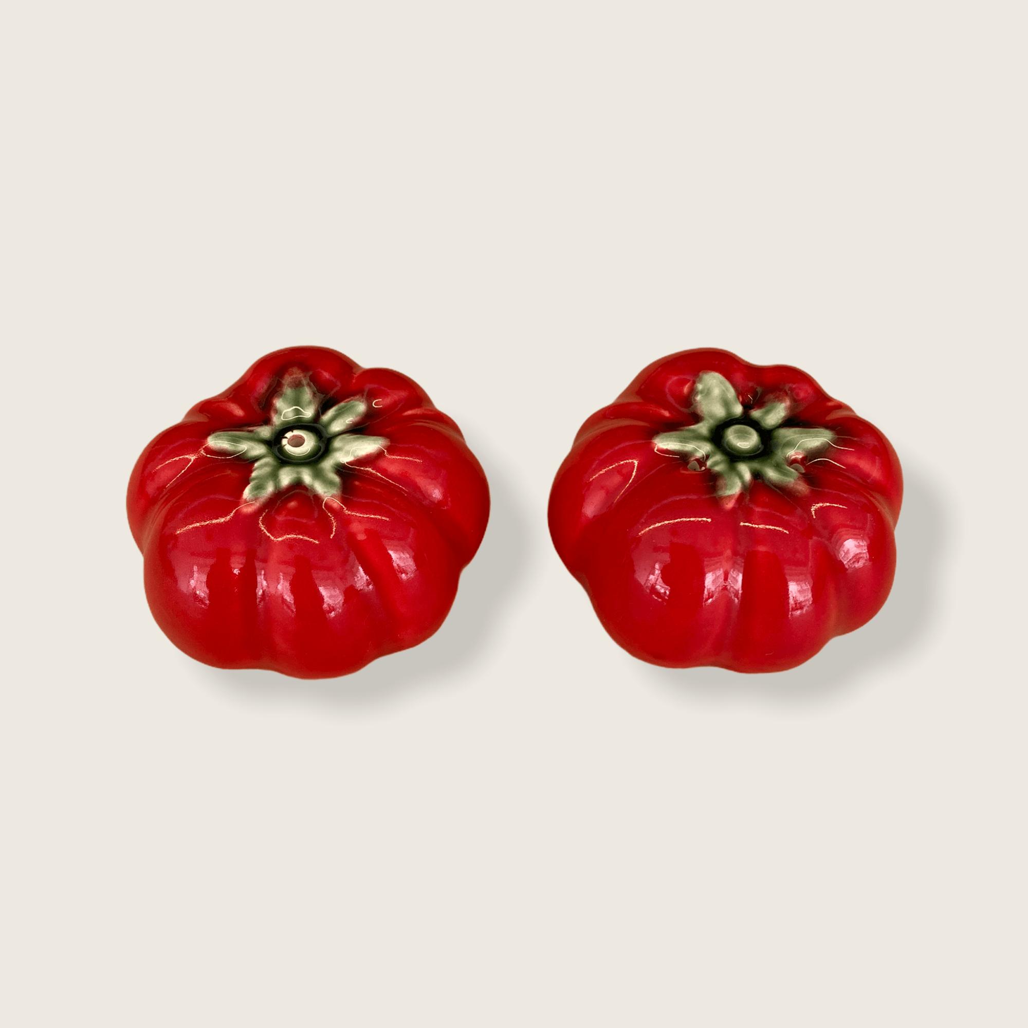 Tomato (salt and pepper)